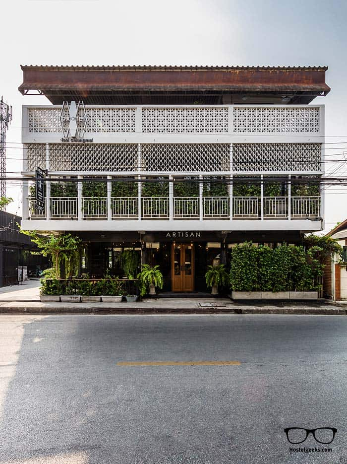 hostel architecture in Chiang Mai, Thailand - OXOTEL 5 Star Hostel